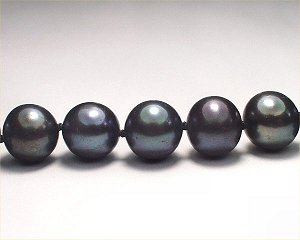 dark freshwater cultured pearls