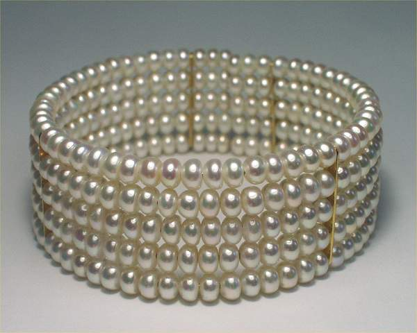 Choker Pearl Set at SelecTraders