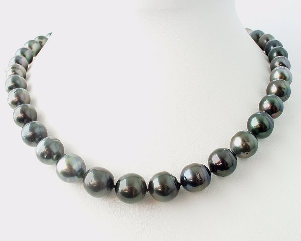 Dark Green baroque pearls