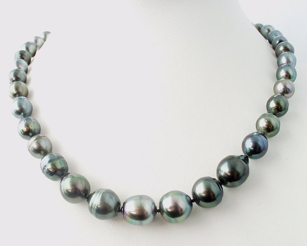 Silver-lightly green baroque pearls