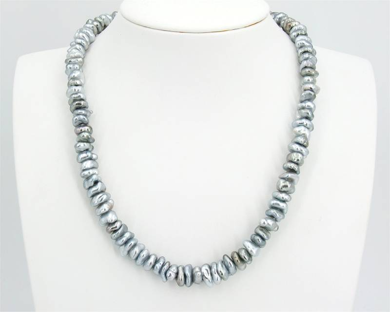 Keshi Pearl Necklace at SelecTraders
