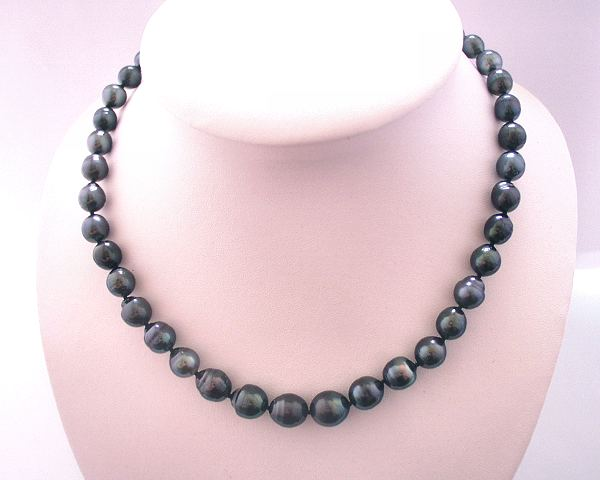 Tahitian pearls necklace at Selectraders