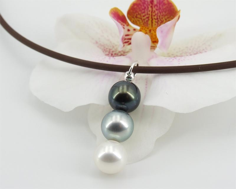 Baroque tahitian pearl pendant at Selectraders